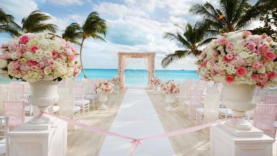 Top 10 destination wedding locations in the world the for Top 10 wedding sites